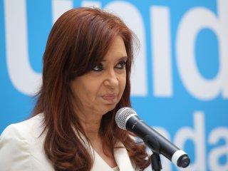 Oxford Economics: «El FMI está dispuesto a pagar un costo alto para evitar a CFK»